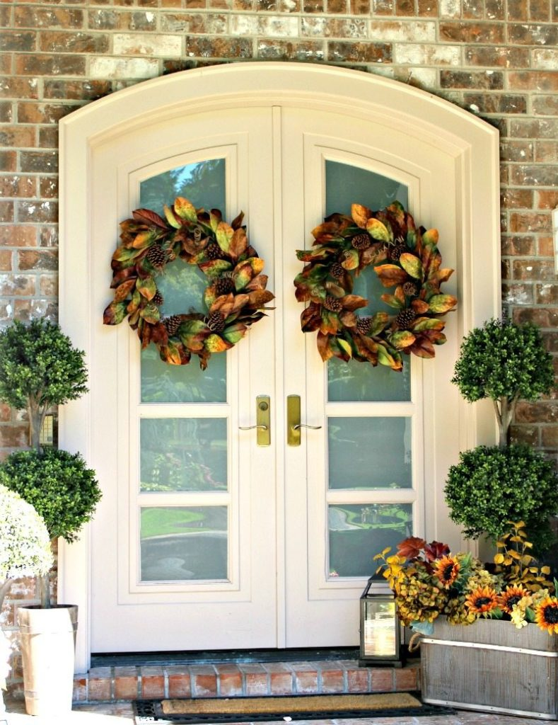 Fall front door entry