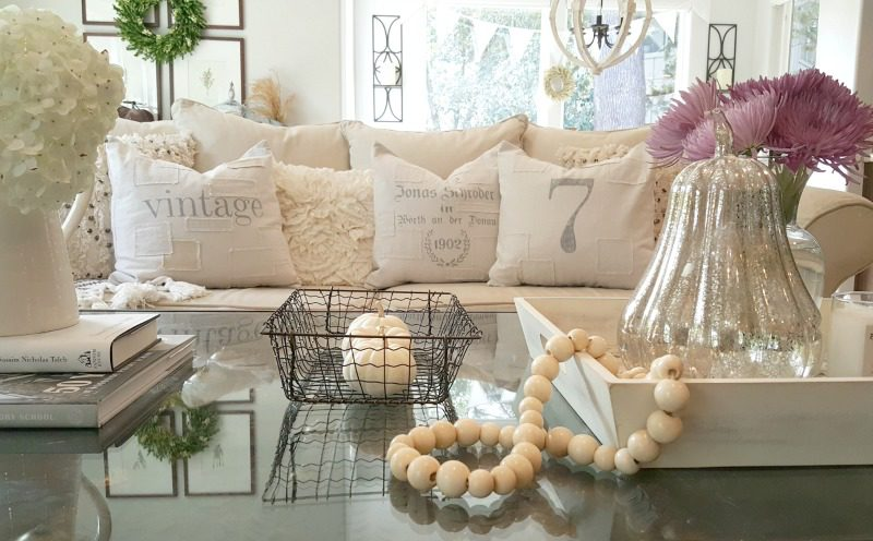 coffee table with beads and elegant fall elements