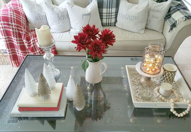 essential decor elements for your holiday coffee table