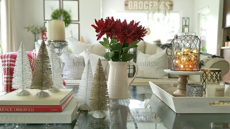 holiday coffee table decor ideas with mini trees and floral accents
