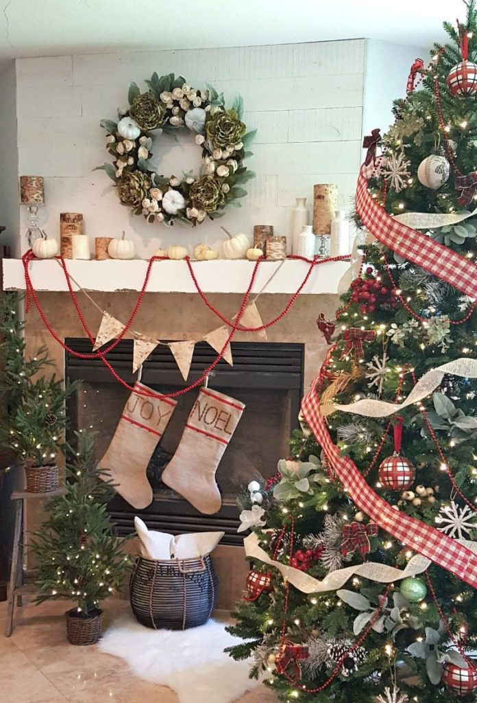 Jodie's holiday home tour with rustic birch and neutral elements old fashion wood beads for simple charm