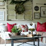 Holiday Coffee Table: Pro Decor Tips