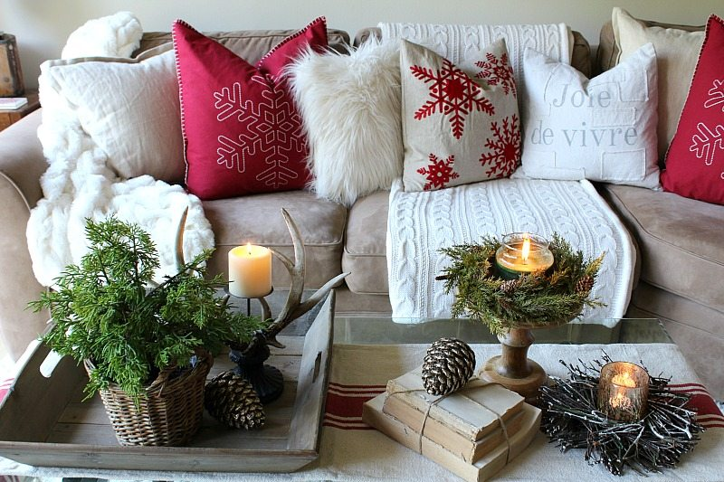 How to Create a Gorgeous Holiday Coffee Table - The Design ...