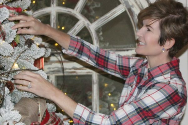 Easy inexpensive Christmas Tree decorating tips
