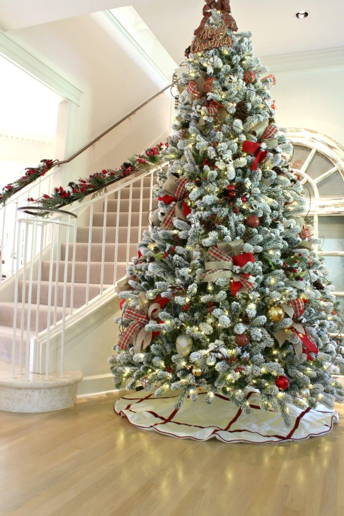Easy Christmas Tree Decorating Tips