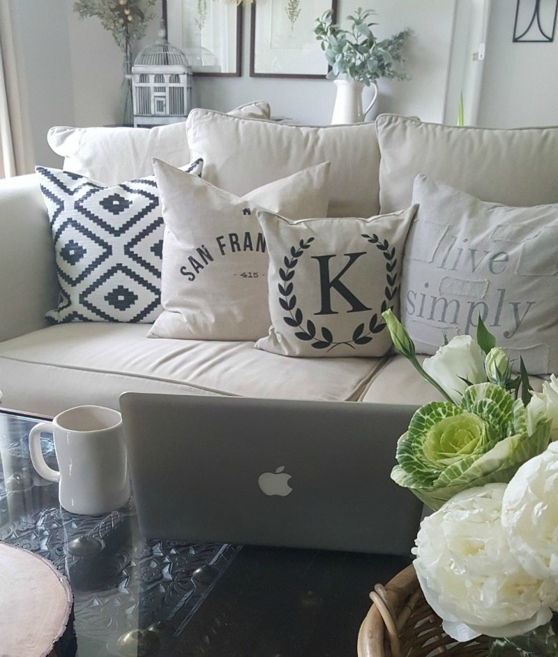 Instagram questions? The Design Twins have the answers! living room decor