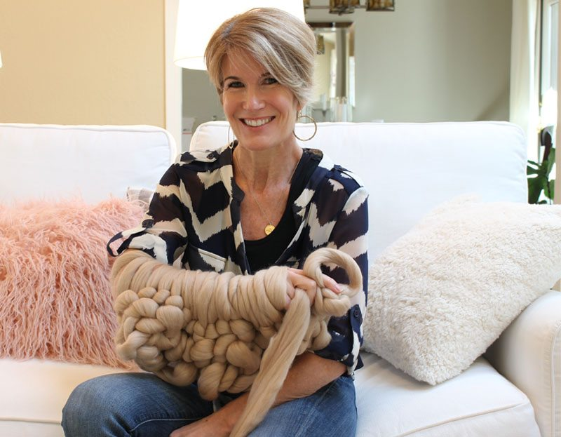 Arm knitting fun: how to diy your own chunky wool knit blanket