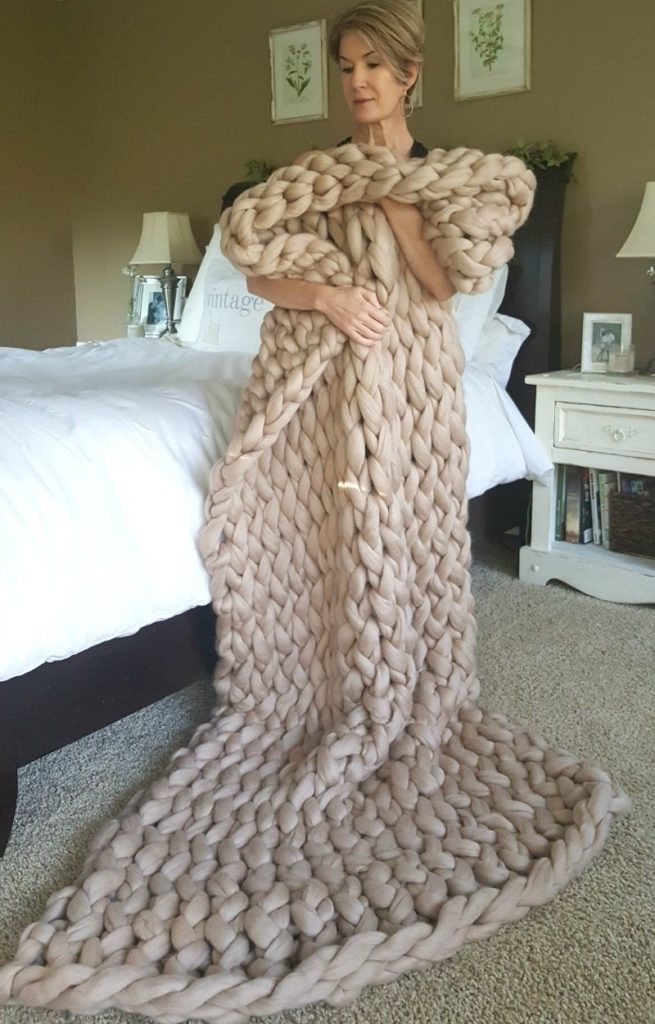 Arm knit your own luxurious real merino wool blanket with our help!