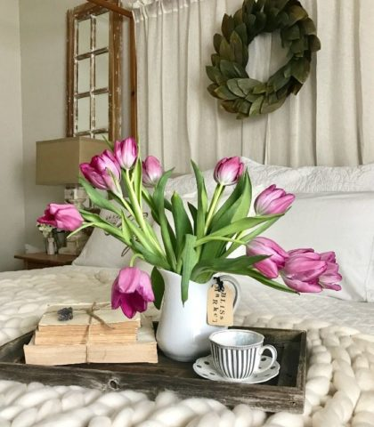 Fresh Flowers add easy elegance to spring decor