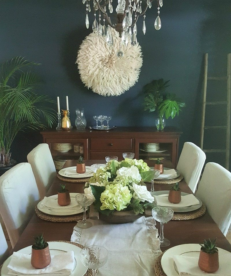 Bohemian dining room decor