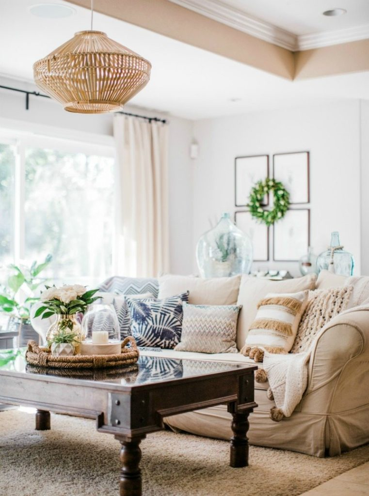 casual boho summer decor