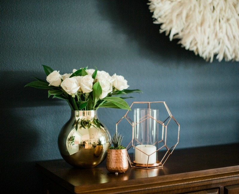 summer mixed metals textured decor
