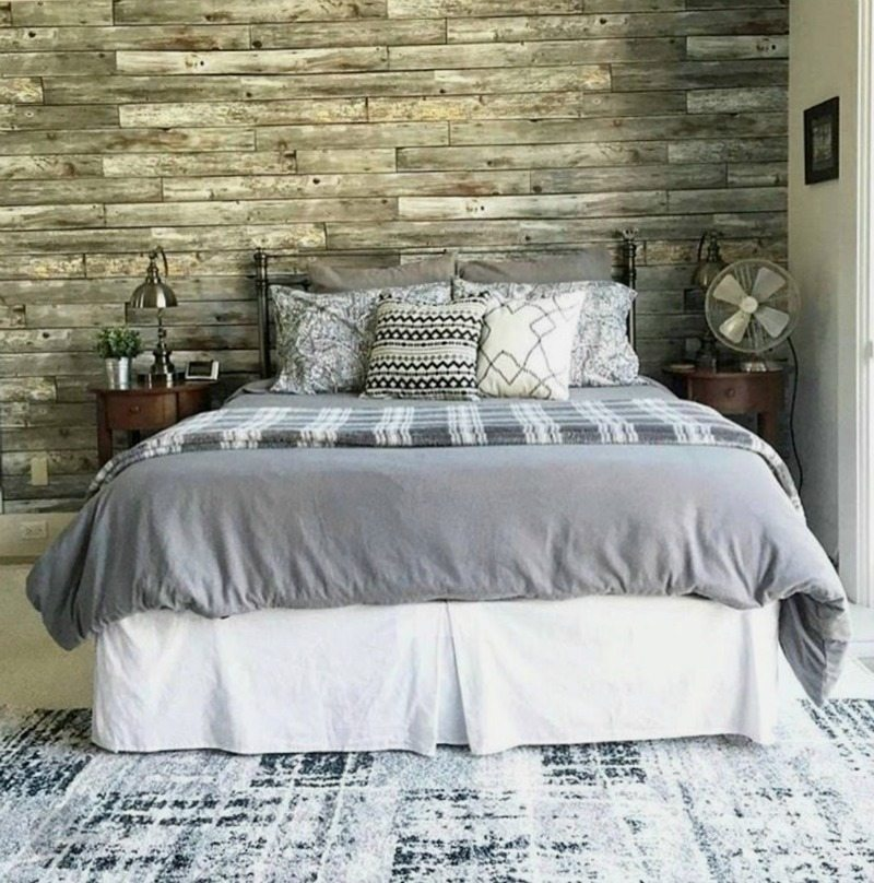 how to decorate a farmhouse bedroom