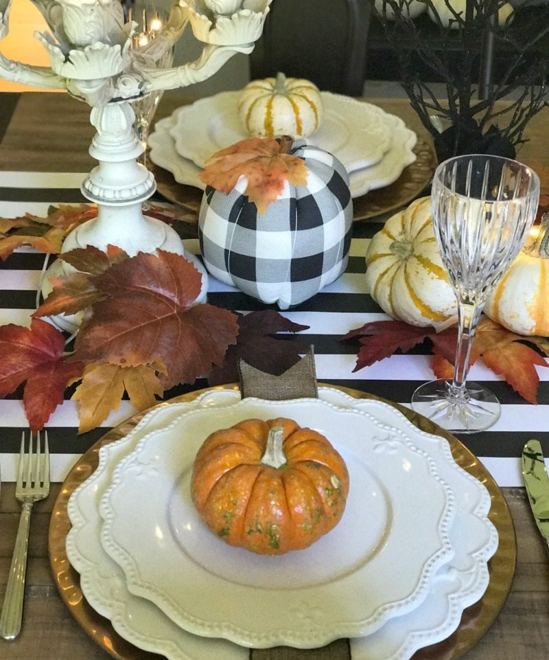 fun halloween tablescape decor