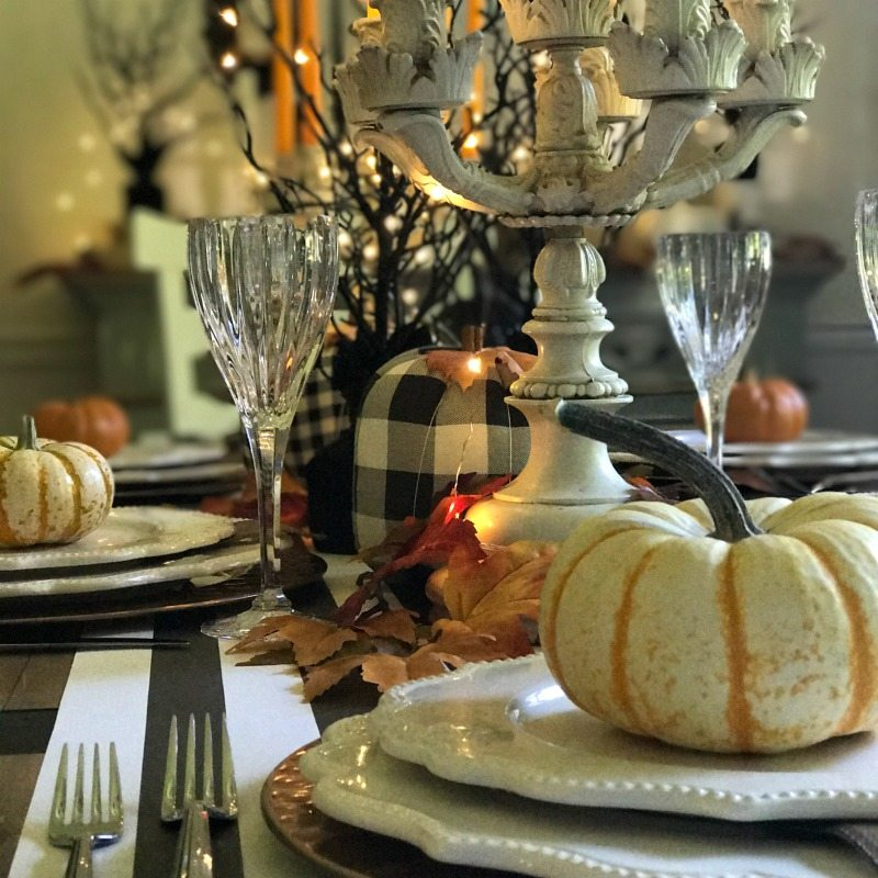 How to Create a Magical Halloween Tablescape
