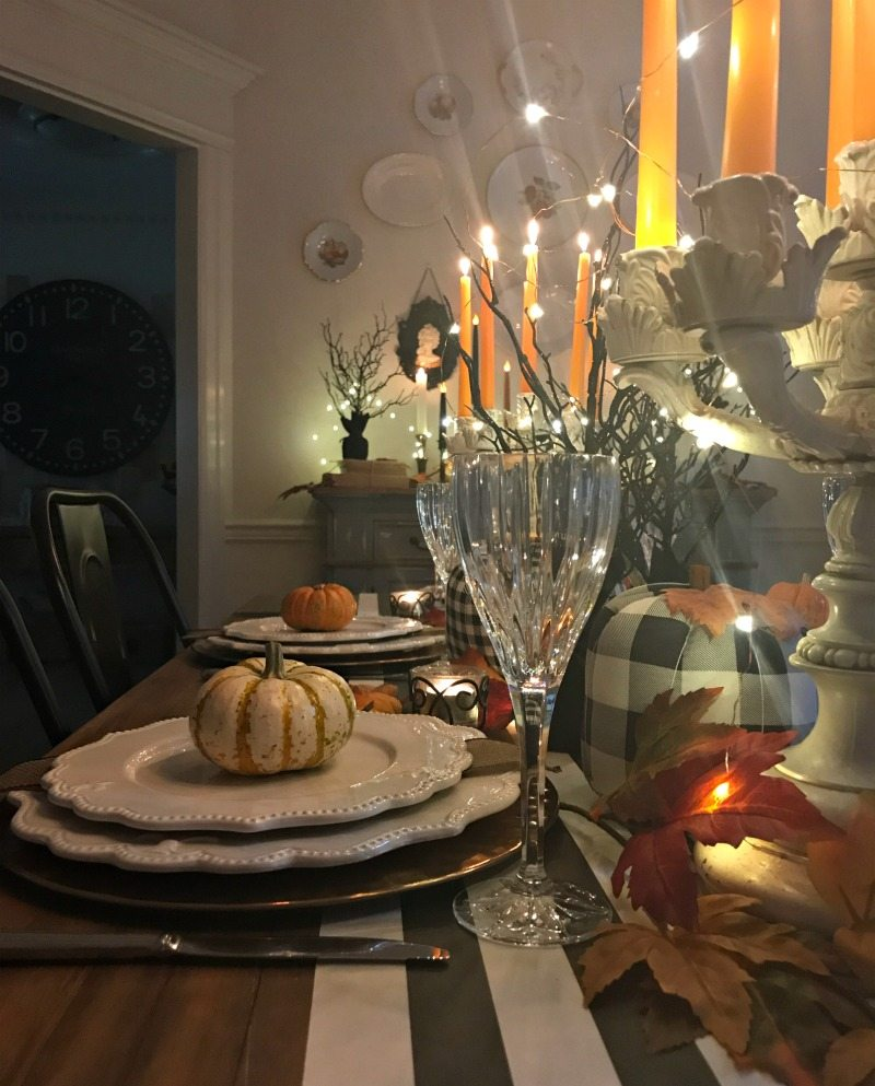 Halloween Tablescape decor