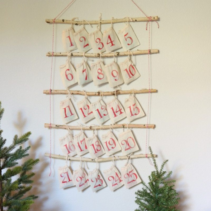 How to Make the Most Adorable Christmas Advent Calendar Ever!