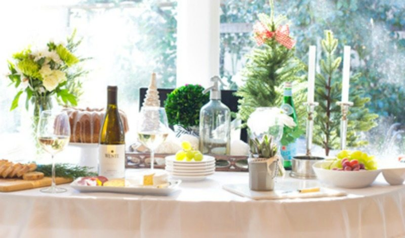 Hostess success made easy beautiful holiday tablesetting