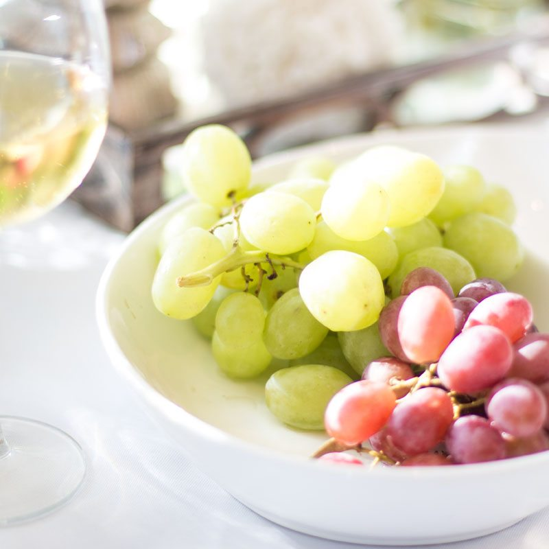 best hostess tips with fresh fruit and grapes