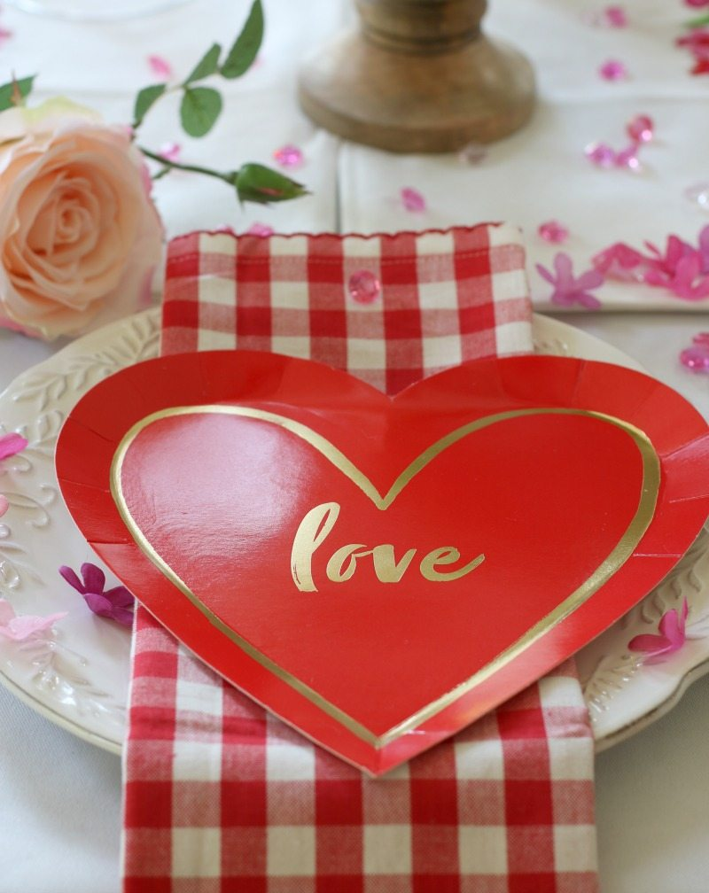 Simple ideas for Valentine's Day decor