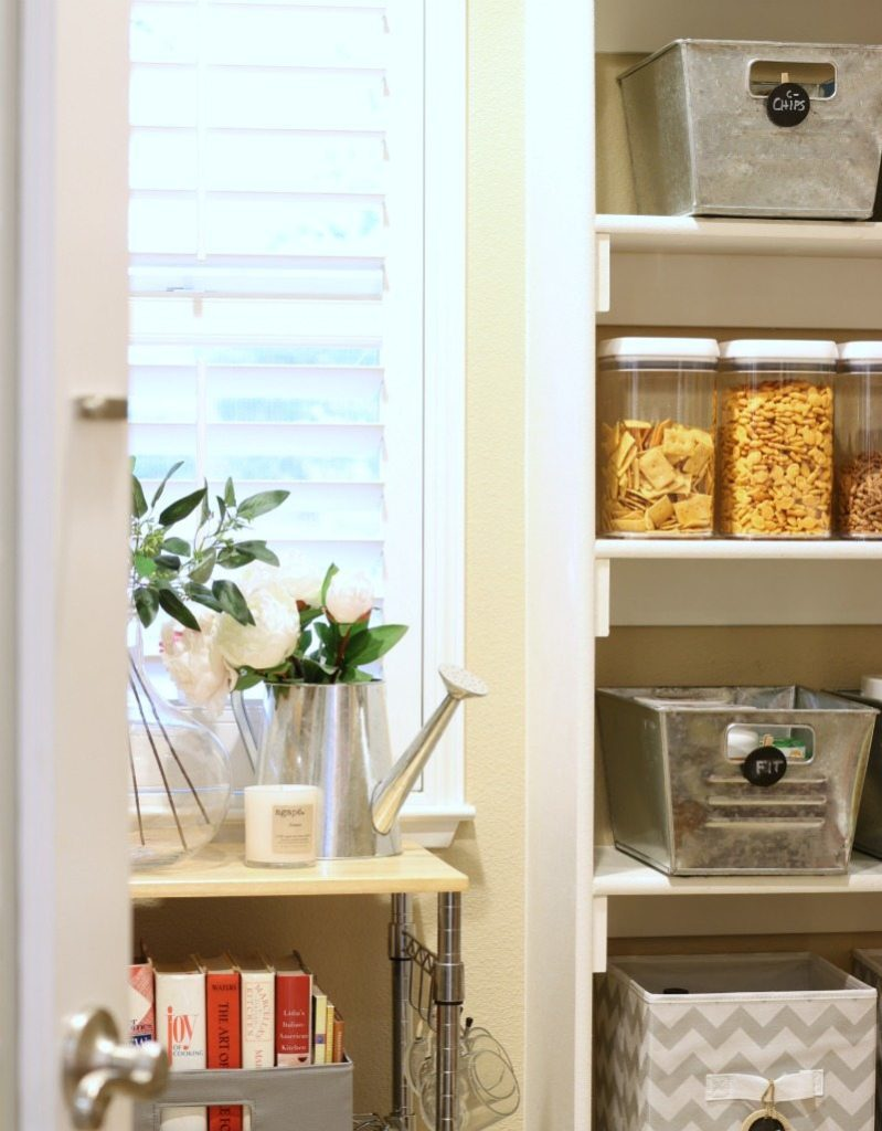 Organized Pantry tricks