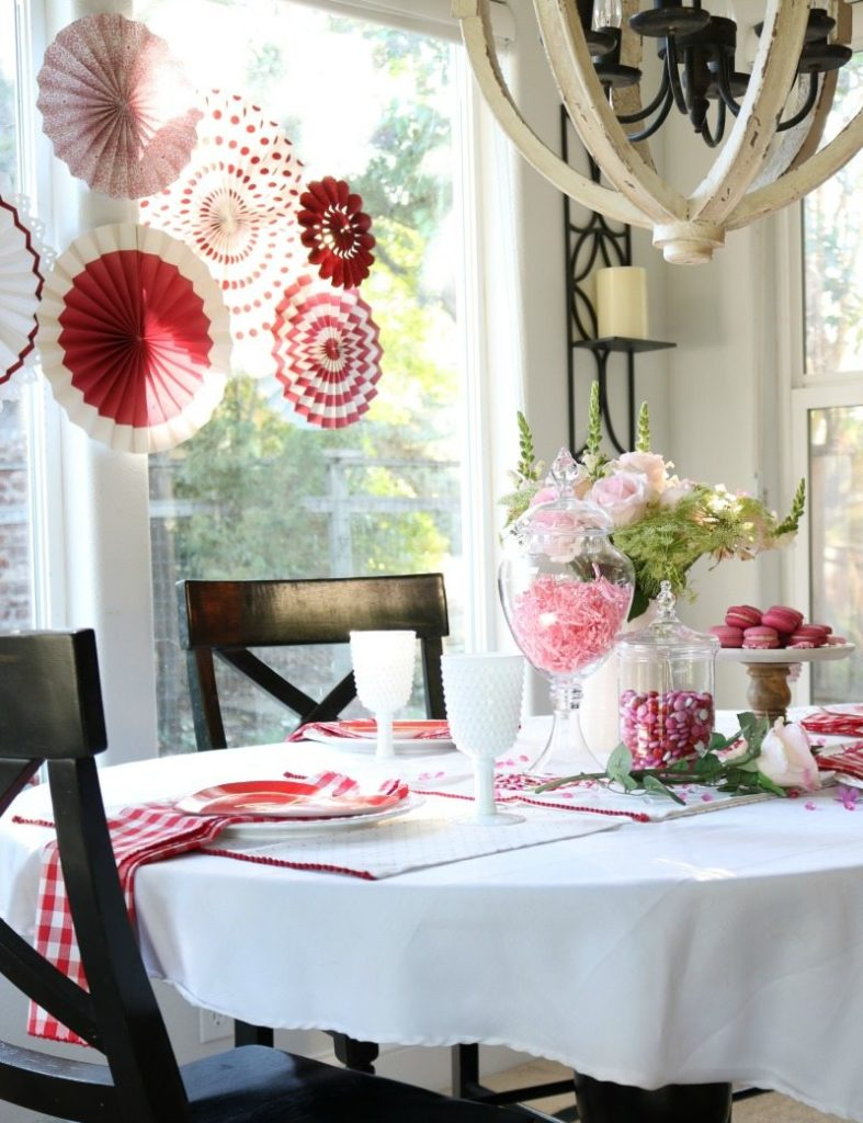Budget Decorating ideas for Valentine's Day decor