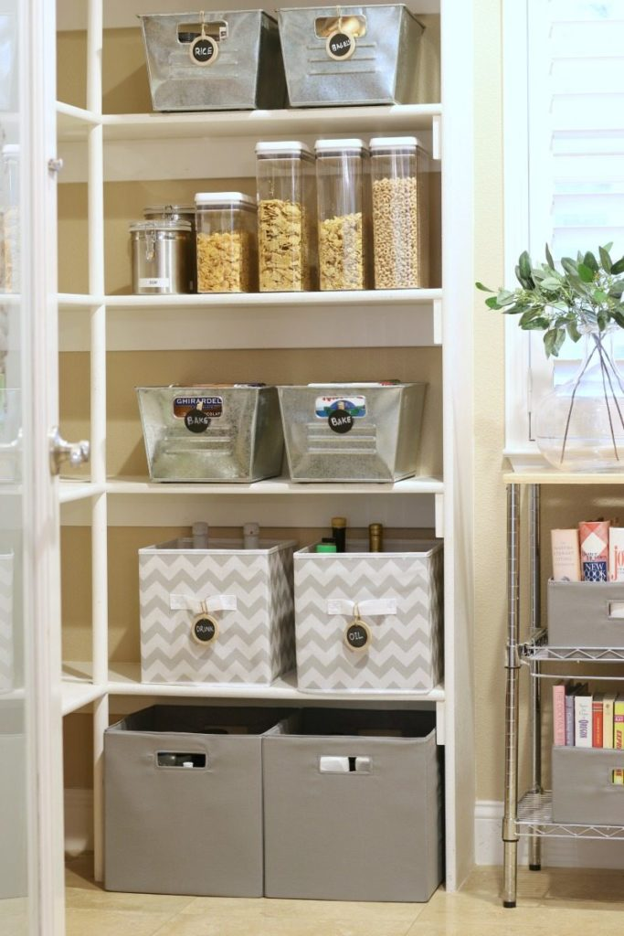 Organized Pantry how to