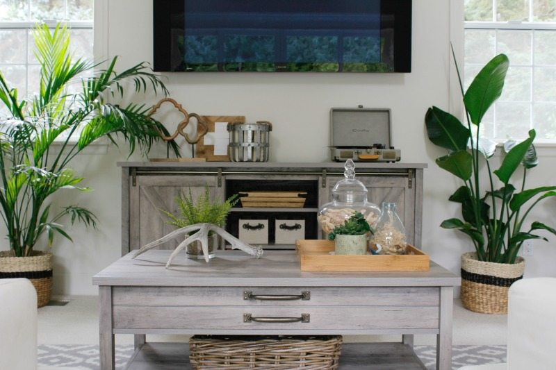 farmhouse furniture decor