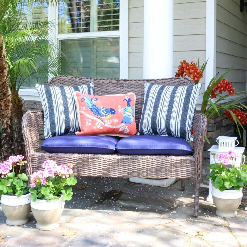 How to Create A Fresh Budget-Friendly Outdoor Oasis