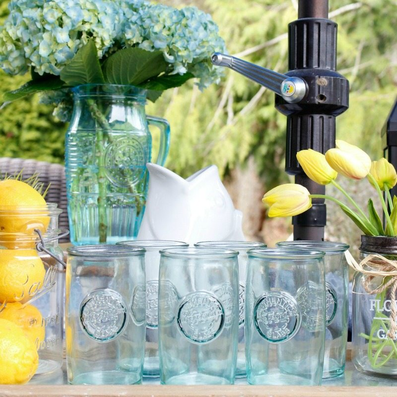 12 Easy Inexpensive Tips for Outdoor Entertaining