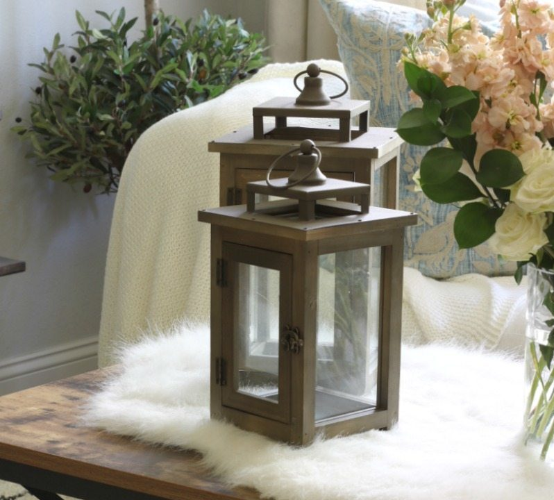 lanterns coffe table room decor