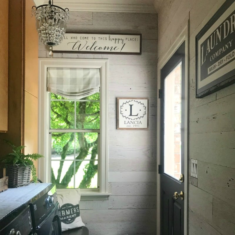 Diy Barnwood Wall Laundry Room Reno