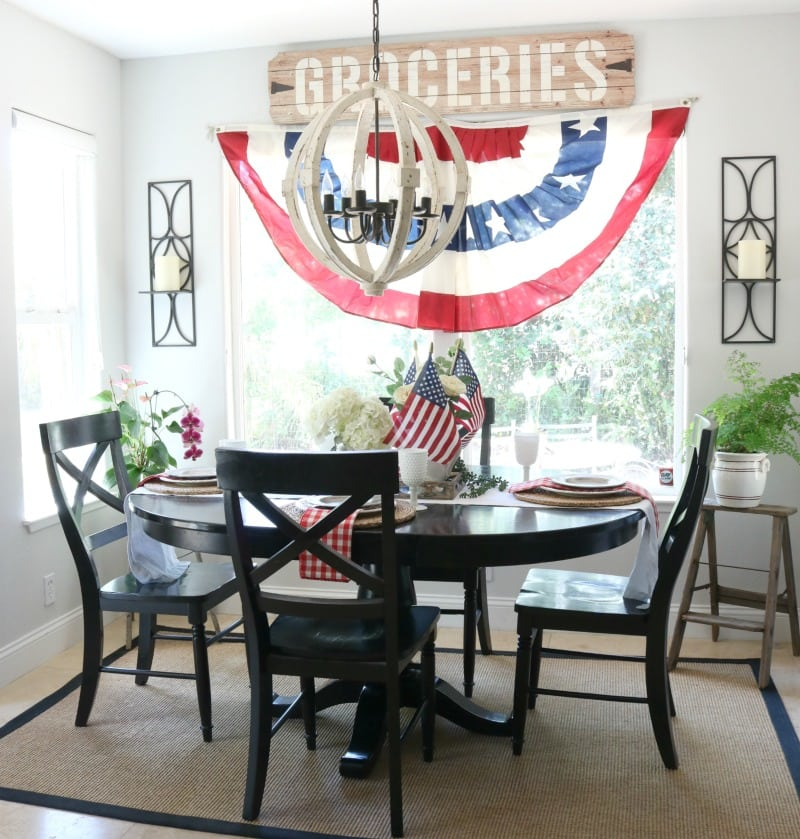 Fourth of July Tablescape decor