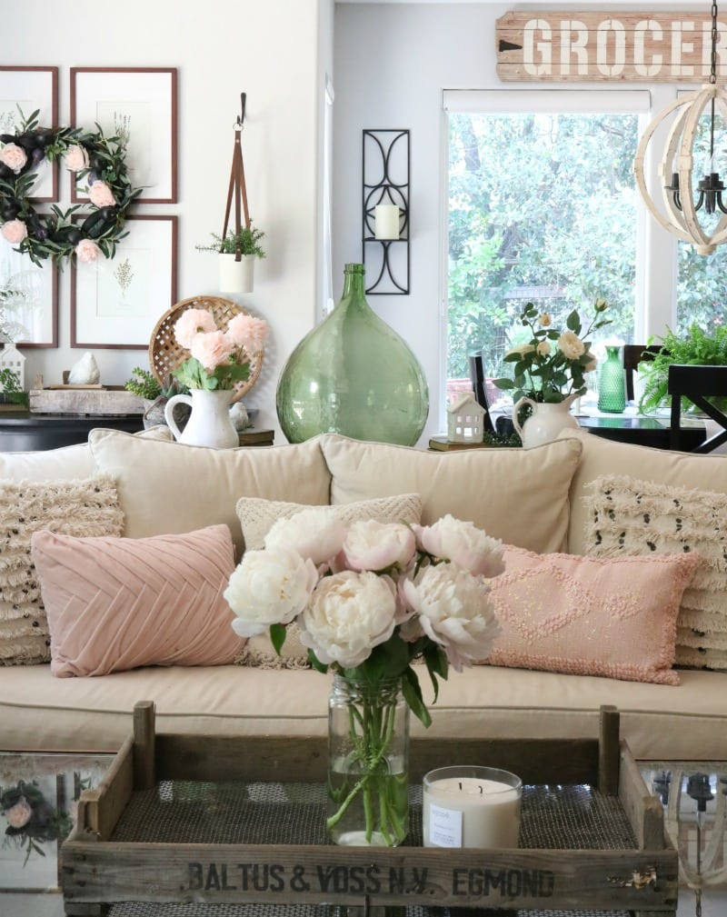 pink decor ideas for your living area