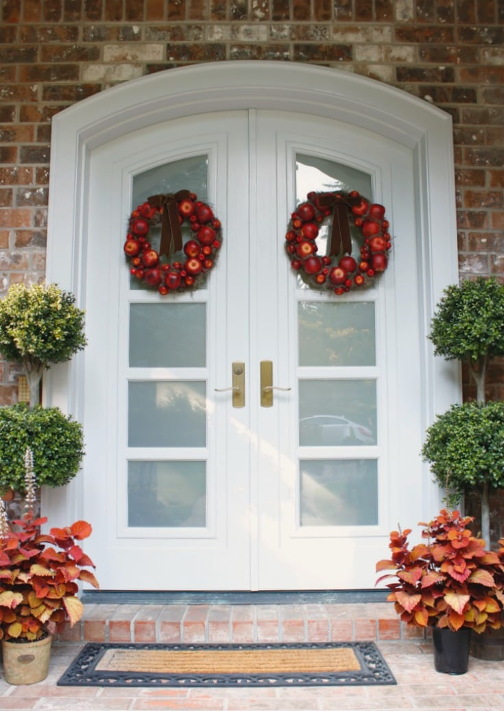 fall wreaths front doors with reds and greens