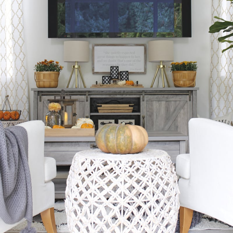 Welcome Fall with Easy and Affordable Decor