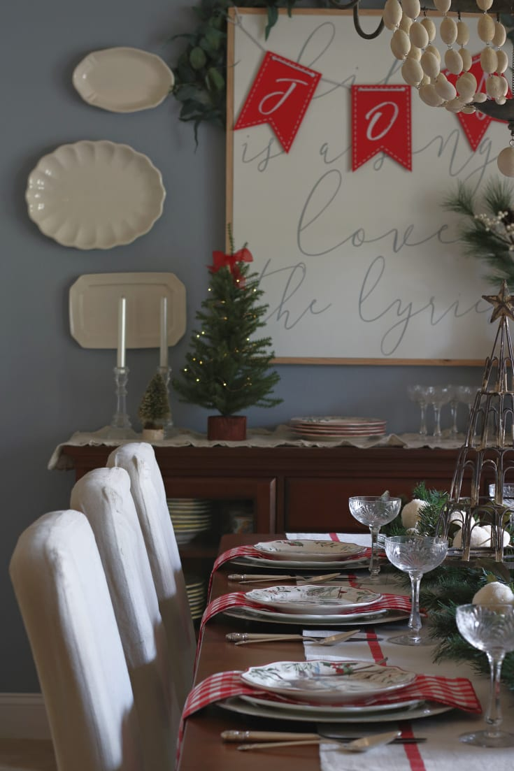 Christmas dining room festive holiday traditions red and green