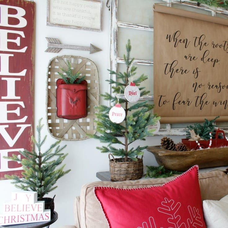 rustic red Christmas decorating farmhousestyle