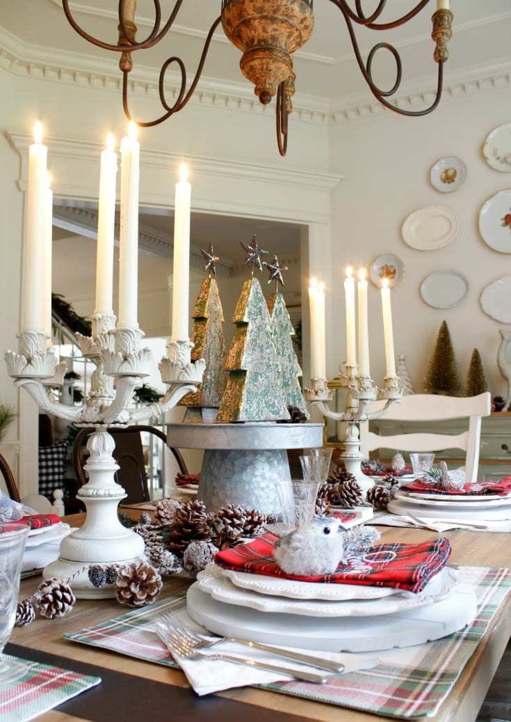 Dining room Christmas decorating holiday fun