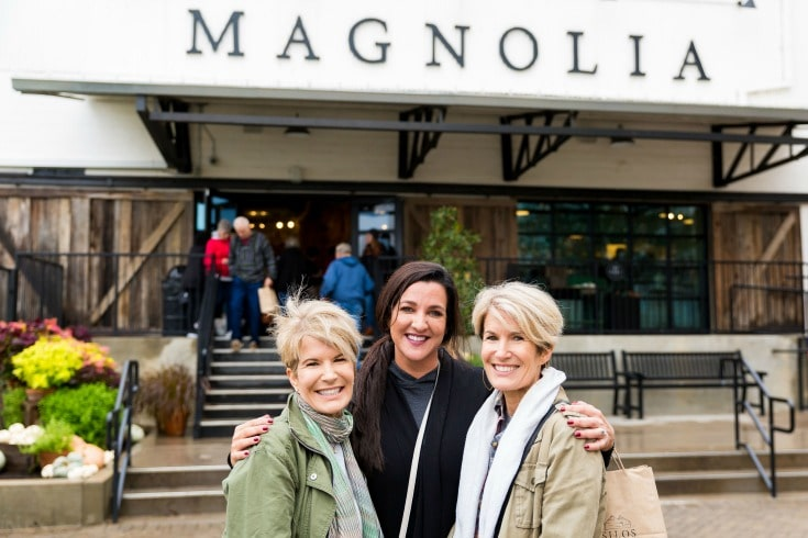 Women bonding Magnolia Market