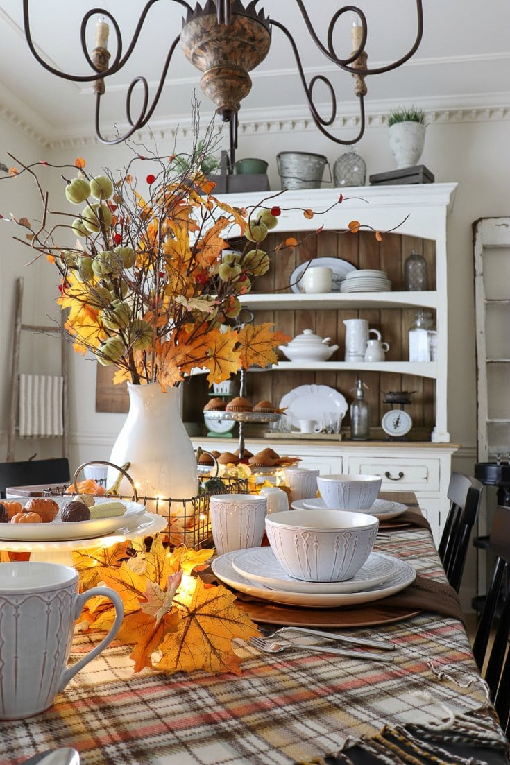 Entertain friends and family this fall season with easy decorating tips at affordable prices.