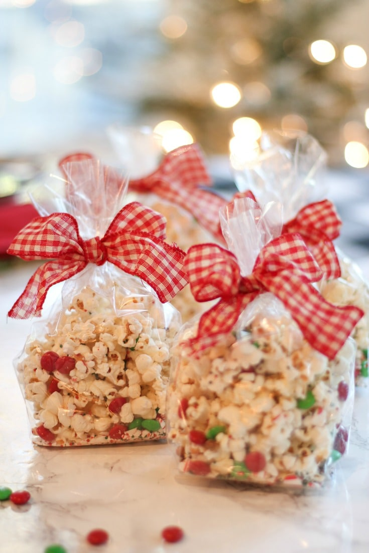 create delicious, homemade popcorn for friends and family with this festive peppermint popcorn recipe