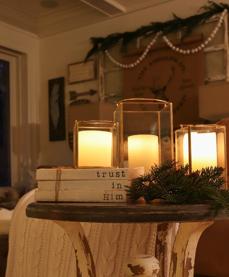 cozy lighting for your holiday living room