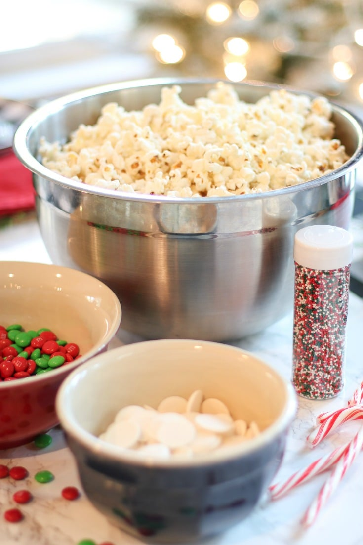 all the ingredients you need for your homemade peppermint popcorn recipe