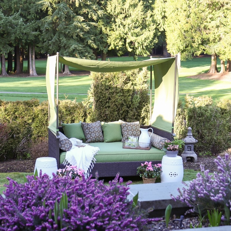 outdoor daybeds are the perfect addition to your outdoor destinations