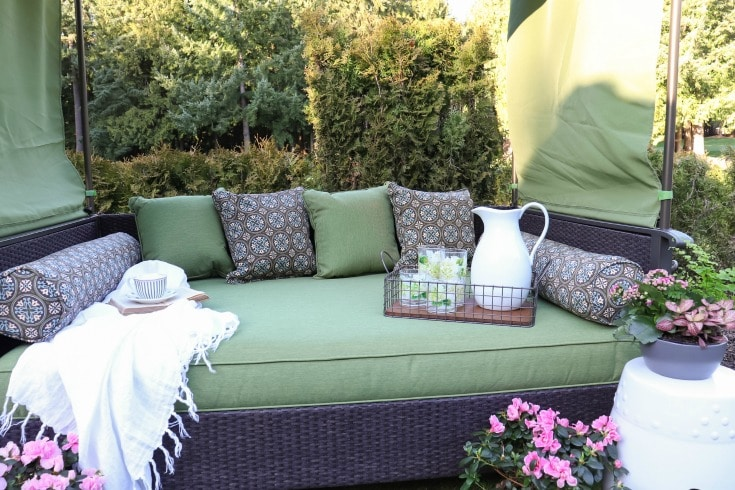create gorgeous backyard destinations with Better Homes and Gardens