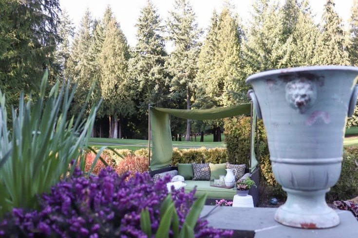 this gorgeous outdoor space inspiration for backyard destinations