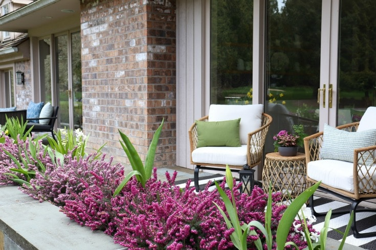 outdoor seating makes the perfect addition to your backyard decor