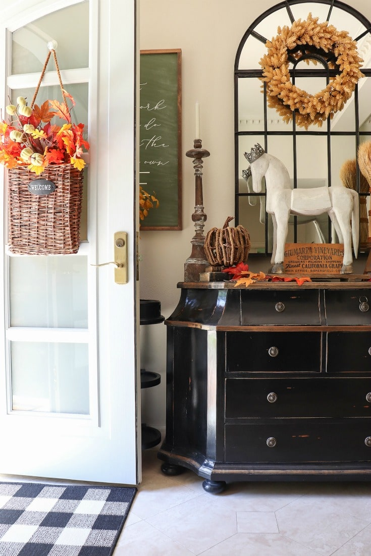 fall front entryway decor