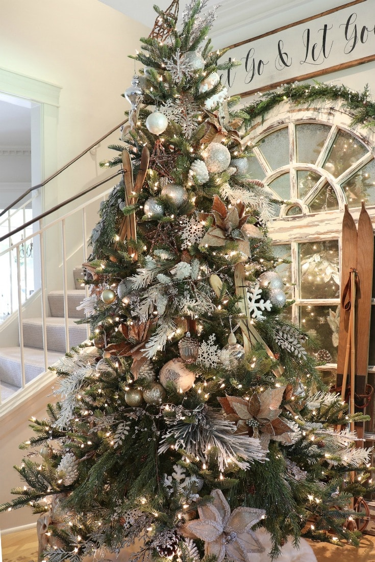 choose the perfect artificial Christmas tree